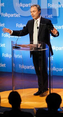 Jan Björklund talar på Folkpartiets partiråd.