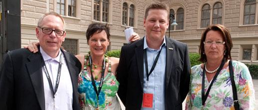 Kommunals nya ledning. Tre på nya posten och två nya namn. Anders Bergström, t v, är veteranen som sitter kvar som tredje vice ordförande, Annelie Nordström Hellander är ny förbundsordförande, Tobias Baudin är ny förste vice ordförande och Lenita Granlund ny andra vice ordförande och avtalssekreterare.