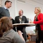 Arbetsmarknadsministern i samtal med Lars Ahlenius och Nisse Nobrand från Open Eyes.
