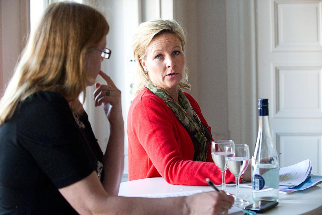 Hillevi Engström frågas ut av Johanna Kronlid på LO-Tidningen Live den 4 april.