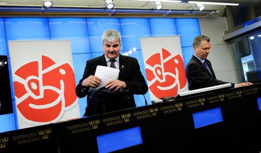 Håkan Juholt och Tommy Waidelich presenterade socialdemokraternas förslag till vårbudget.