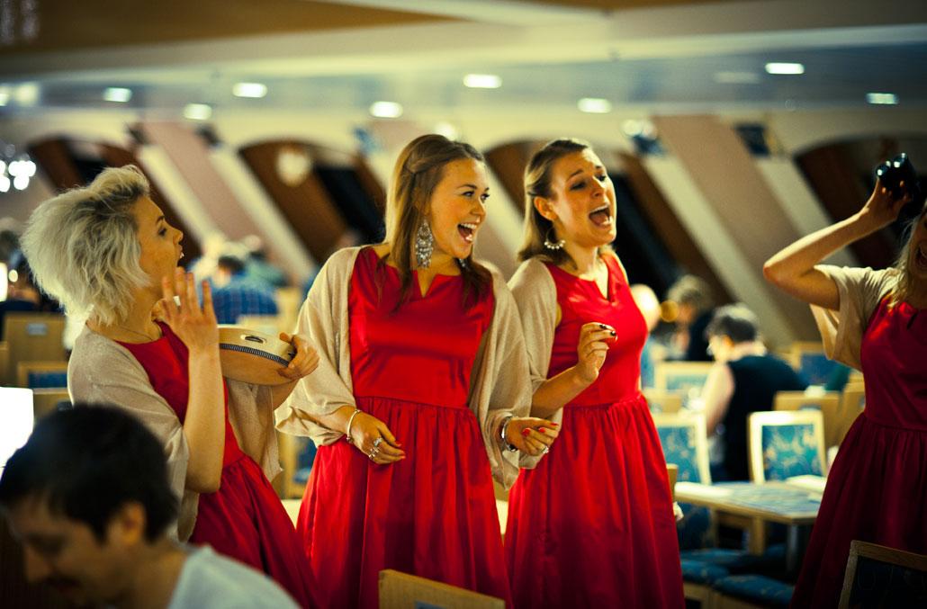 Emma, Jessica och Kajsa i Christmas Quartet showar.v