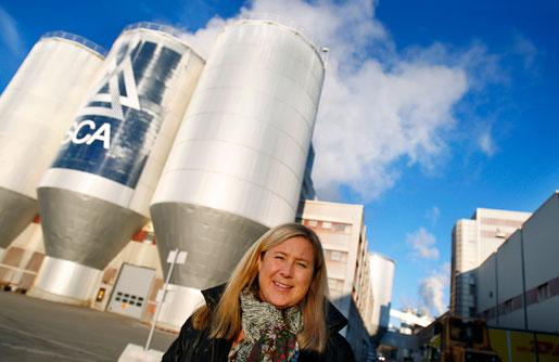 Chefen Stina Danielsson vill ha mer att säga till om lokalt när det gäller lönerna. Och hon tror att parterna får vänja sig vid korta avtalsperioder.