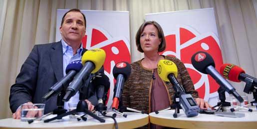 Stefan Löfven och Carin Jämtin på presskonferensen där Socialdemokraternas VU tillkännagav sitt förslag att Löfven blir ny partiordförande.
