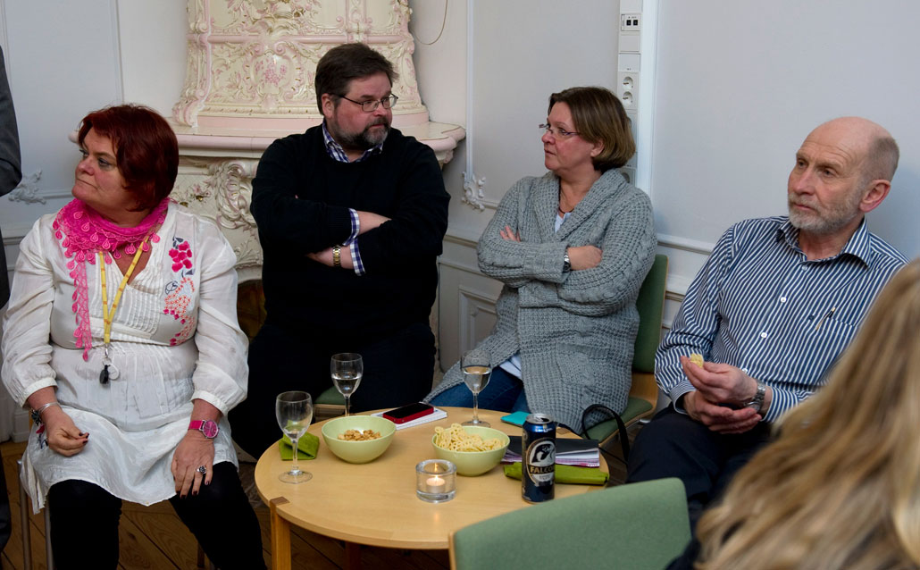 Ulla Lindqvist, Kjell Rautio och My Billström var inte helt nöjda med socialförsäkringsministerns politik. Bjørn Halvorsen, Nordens Velferdscenter, försökte intressera honom för en mer norsk modell.