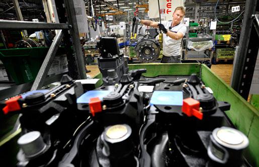 Scania gör vinst, men det finns inga pengar till extra lönepåslag, enligt arbetsgivarsidan.
