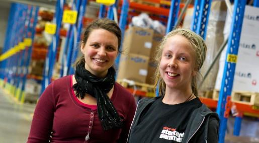 Linnea Engelke, 33 år, och Sofia Norberg, 21, växte upp i Värmland med föräldrar som jobbpendlade till Norge. Pappa kom hem med norskt godis, berättar Sofia. Omedvetet har jag kanske haft en beredskap att flytta till Norge som vuxen.