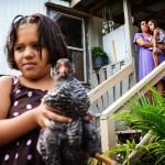 När Natividad Gonzalez sökte läkarvård för sin dotter Avrils armbrott mottogs de med misstänksamhet. Innan Avril undersöktes ville läkaren se papper om uppehållstillstånd, trots att hon är född i Alabama och på så vis är amerikansk medborgare.