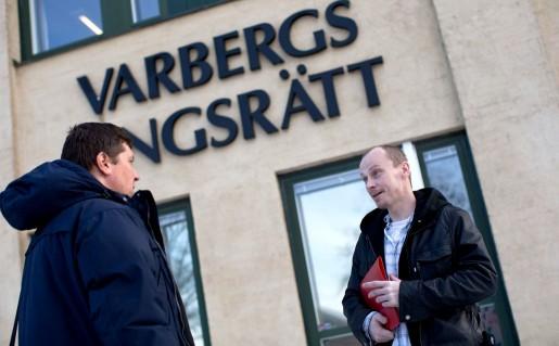 Första målet är avgjort. Radek Rostkowski (till höger) får 50000 kronor och Zygmunt Cieslak får 9000, en droppe i havet jämfört med vad en advokat skulle ha tjänat. I april är det dags för rond 2: förberedande förhandling i Arbetsdomstolen.
