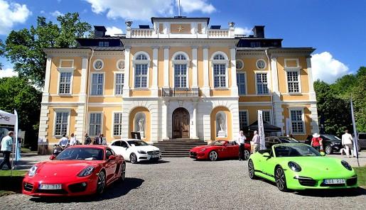 Connoisseurs motordag på Steningen slott.
