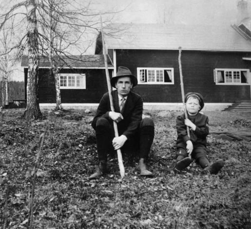Dan Andersson och yngre okänd förmåga, 1917. Foto Karl Lärka (Scanpix).