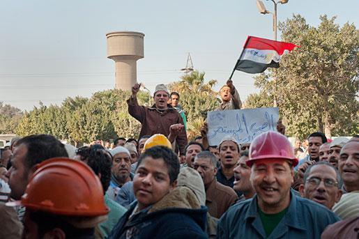 I december tog arbetarna kontrollen över landets största statliga stålproduktionsanläggning. Regeringen backade efter 19 dagar och gick med på att betala ut bonusar.   Foto: Hanna Sistek