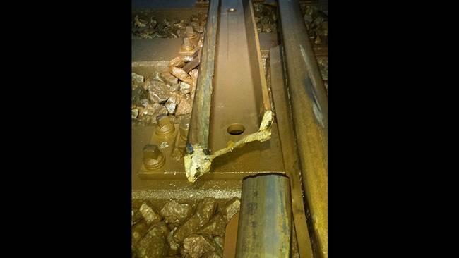 En av bilderna på den trasiga tågväxeln som Seko Stockholm lagt upp på Facebook.