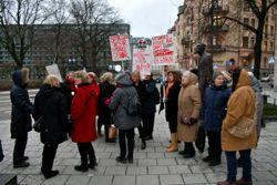 Foto från demonstration på Norra Bantorget 13 februari 2014. Foro: Eva Vaihinen