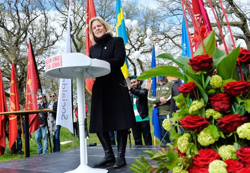 ... och över deras förstamajtalare Magdalena Andersson, S ekonomiskpolitiska talesperson. Foto: Jonas Ekströmer