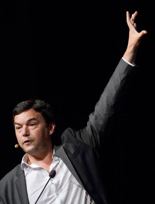 Thomas Piketty illustrerar de växande klyftorna. Foto: Janerik Henriksson