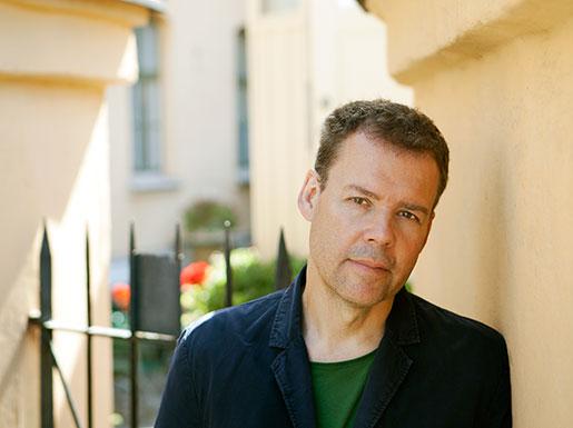 Tony Samuelsson, född 1961, bor utanför Orsa i Dalarna. Han är känd för Arbetets läsare genom flera artiklar om arbetarlitteratur.Foto: Kalle Assbring