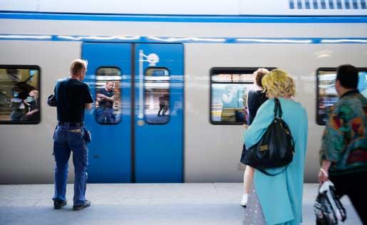 Att även Stockholms pendeltåg ska tas ut i strejk har inte minskat stödet för Seko. Foto: Vilhelm Stokstad