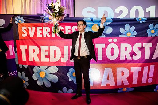 Jimmie Åkesson jublar på SD:s valvaka i september 2014. Foto: Lars Pehrson