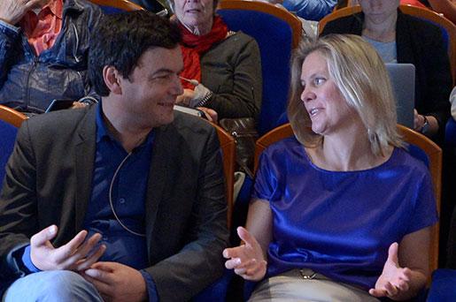 Almedalen 2014. Thomas Piketty samtalar med Magdalena Andersson, finanspolitisk talesperson för Socialdemokraterna. Men leder samtalet till någonting? Foto: Janerik Henriksson