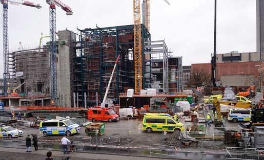 Det var ett 40 tons byggelement som rasade och dödade två personer på byggarbetsplatsen i Hjorthagen, Stockholm. Foto: Fanni Olin Dahl