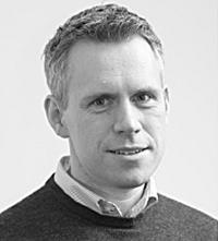 – De invandrare som redan finns i Sverige kan bli en magnet för att få hit fler om det blir konkurrens om arbetskraften, säger Olof Åslund.