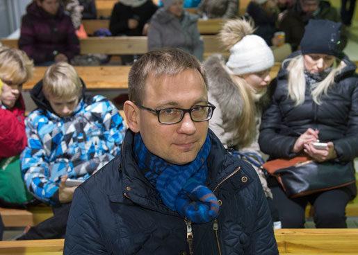 Knappt var tionde löntagare i Estland arbetar i Finland där de tjänar drygt tre gånger mer. En del är borta för gott, enligt estniska LO-basen Peep Peterson, och skulle behövas här hemma.Foto: Börge Nilsson/Textra