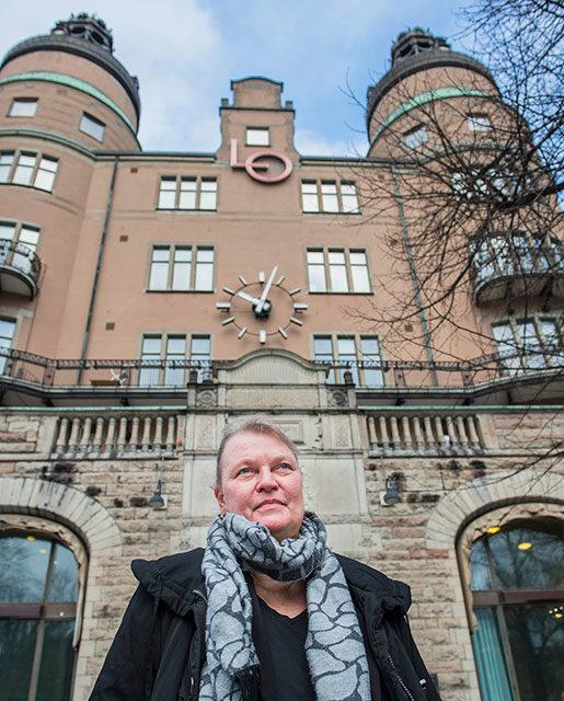 Ingela Edlund utanför LO-borgen i Stockholm.Foto: Nora Lorek