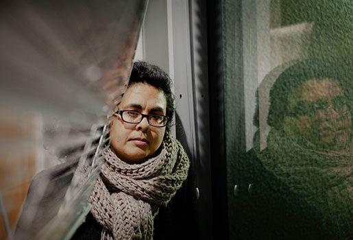 """Bostäder har blivit en viktig facklig fråga, anser fackförbundet Unite. Medlemmen Arti Dillon har drabbats av """"sovrumsskatten"""", men många andra har drabbats värre, säger hon.Foto: Åsa Westerlund"""