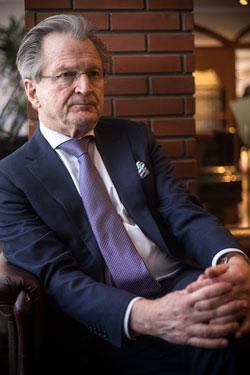 Göran Trogen hjälper till att införa branschvisa kollektivavtal på den ukrainska arbetsmarknaden. Foto: Ivan Chernichkin