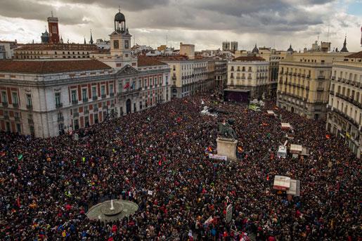 Tiotusentals spanjorer demonstrerade för Podemos i Madrid i lördags. Foto:Andres Kudacki