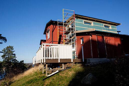 Från det här taket föll den inhyrda byggnadsarbetaren mot sin död i november 2012. Foto: Christine Olsson