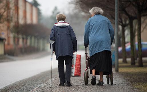 Tjänstepensionerna förstärker pensionsklyftan mellan män och kvinnor. Foto: Fredrik Sandberg