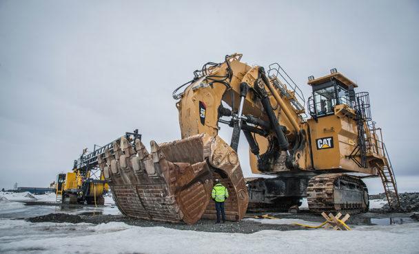 Inga maskiner mullrar i gruvan. Frågan nu är om alla investeringar var helt bortkastade. Foto: Kim Kangas