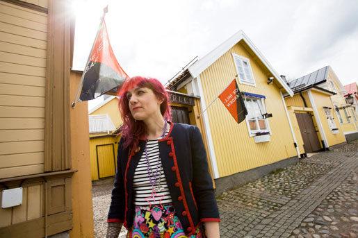 Anna Jörgensdotter har suttit i Joe Hills hem och skrivit sin bok. Foto: Mats Åstrand