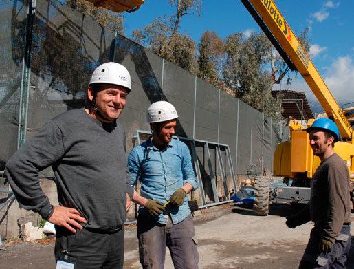 För Ercolano Toni (till vänster) är det mycket roligare att vara sina egen chef än att vara anställd, trots en massa extra jobb och oro. Foto: Kristina Wallin