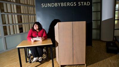 Veronica Kallander har en egen talarstol i fullmäktigesalen.Foto: Linus Meyer