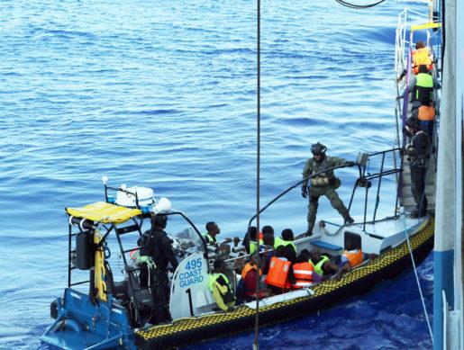 Poseidons insats har pågått i tre månader. Bilden är från en räddningsinsats i augusti.Foto: Kustbevakningen