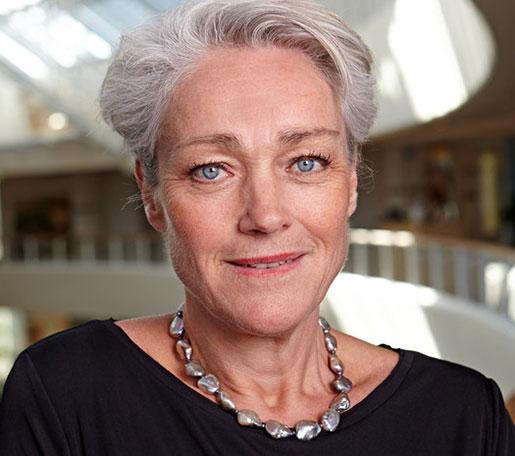 Ska långtidsarbetslösa börja arbeta behöver de handledning och introduktion. Och det är inte helt enkelt att få ihop, säger Agneta Jöhnk, SKL.