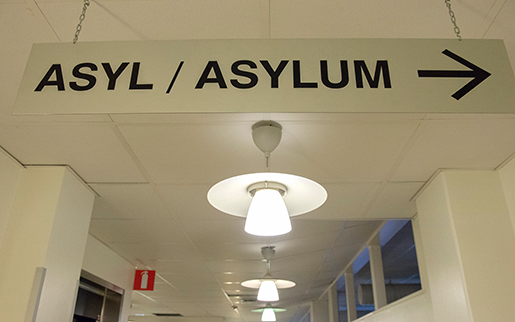 Allt fler asylsökande innebär hårdare press på Migrationsverkets personal. Foto: Maja Suslin