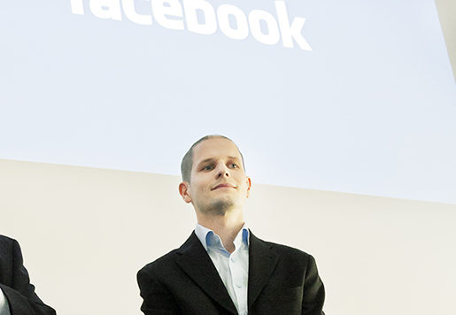 Facebook förser sina anställda i serverhallen i Luleå med ett relaxrum, men väljer att inte teckna kollektivavtal. Hur det kommer sig finns det ingen på företaget som kan svara på och platschefen för Sverige, Joel Kjellgren, talar över huvud taget inte med Unionen eller Arbetet.