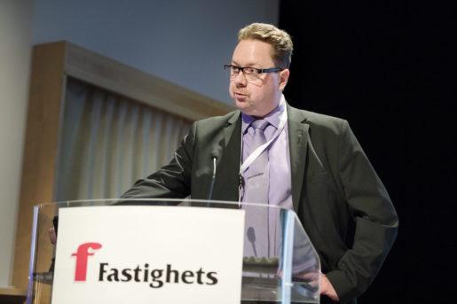 STOCKHOLM 20141121 Magnus Pettersson valdes till fˆrsta fˆrbundsordfˆrande pFastighets kongress Foto: Jessica Gow / TT / Kod 10070
