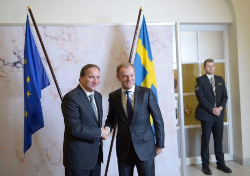 STOCKHOLM 2015-11-04 Statsminister Stefan Lˆfven tar emot Europeiska rÂdets ordfˆrande Donald Tusk fˆr bilaterala samtal pRosenbad i Stockholm den 4 November 2015,. Foto: Maja Suslin / TT / Kod 10300