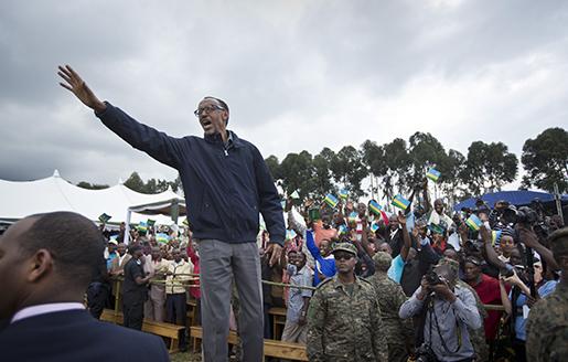 Rwandas president Paul Kagame vid ett offentligt framträdande. Foto: AP /Ben Curtis