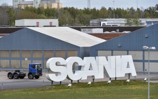 S÷DERTƒLJE 201405013 Volkswagens Scaniabud gÂr igenom. Det stÂr klart sedan Alecta, sv‰ngt och tackat ja. Beskedet v‰lkomnas av facket. Bilden frÂn Scanias fabrik i Sˆdert‰lje pmÂndagen. Foto Anders Wiklund / TT / kod 10040