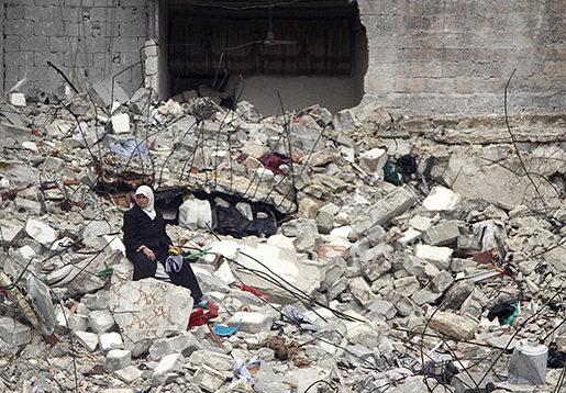 Inget är kvar. Ett bombanfall har demolerat huset i Aleppo.Foto: Abdullah Al-Yassin