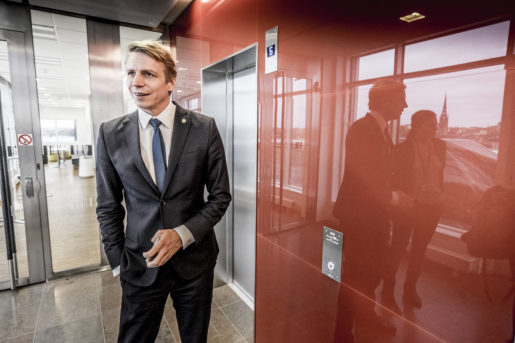 STOCKHOLM 2015-10-22 Finansmarknadsminister Per Bolund (MP) fotograferad pfinansdepartementet Foto: Magnus Hjalmarson Neideman / SvD / TT / Kod 10078 ** OUT DN och Dagens Industri (‰ven arkiv) och Metro**