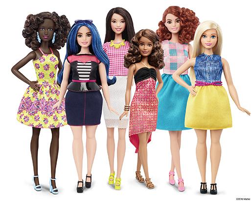 Plastdockan Barbie har fått nya former. Foto: AP