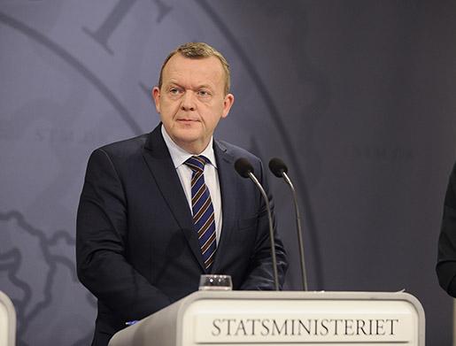 Danmarks statsminister Lars Lokke Rasmussen håller presskonferens och meddelar att Danmark börjar med id-kontroller vid gränsen mot Tyskland redan idag klockan 12.00. Foto Björn Lindgren / TT