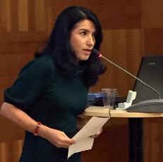 Sluta ge statsstöd till förtryckande organisationer, kräver Amineh Kakabaveh, Varken hora eller kuvad.Foto: Liv Beckström